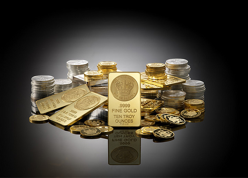 純金積立を月1万円×10ヶ月続けた結果…マイナス2000円という絶妙な結果に。